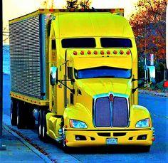 Kenworth Aerodyne Cab w/ matching Refer Kenworth Trucks, Mack Trucks, Big Rig Trucks, Heavy Duty Trucks, Heavy Truck, Custom Big Rigs, Custom Trucks, Train Truck, Road Train