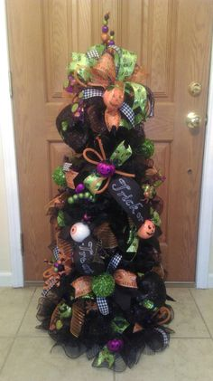 Halloween Tree Made Out Of A Tomato Cage