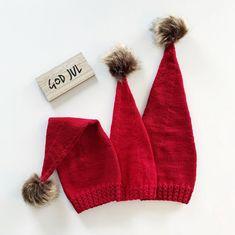 (FUNNET) ❤️Teststrikkere søkes❤️ Vi starter juleforberedelsene tidlig, og søker nå teststrikkere til #småflettenisselue . Luene strikkes i… Knitting Patterns, Winter Hats, Knit Patterns, Cable Knitting Patterns, Knitting Stitch Patterns, Crochet Pattern, Loom Knitting Patterns