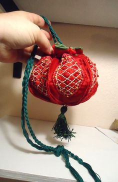 Larp Cleric Mady's SCA Sewing Thingy: The Case of the Red Satin Pomegranate (a fabulous pouch that's Sewing Crafts, Sewing Projects, Potli Bags, Creation Couture, Medieval Clothing, Red Satin, Larp, Fabric Art, Pin Cushions