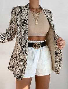 Look Fashion, Korean Fashion, Fashion Outfits, Womens Fashion, Workwear Fashion, Fashion Hair, Petite Fashion, 80s Fashion, Grunge Fashion