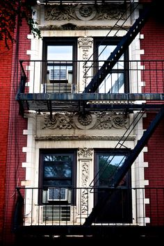 New York City Apt. The truth is, I would probably HATE this, but it's still a romantic thought...