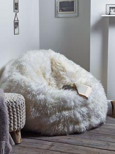 Sumptuous Sheepskin Beanbag – Ivory | sphere