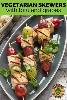 Vegetarian skewers with tofu and grapes from California, grilled and healthy, are the perfect kabob appetizer, and a great vegan option, too. Grape Recipes, Summer Recipes, Fall Recipes, Vegetarian Skewers, Vegetarian Recipes, Healthy Recipes, Bbq Appetizers, Appetizer Recipes, Barbecue Recipes