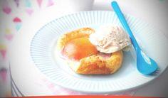 Receta de Tartaleta con melocotón y helado de caramelo