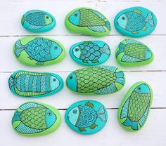 #PaintedSeaStones by KYMA #Fishes #Fish - http://kymastyle.wordpress.com - http://dawanda.com/shop/kymastyle
