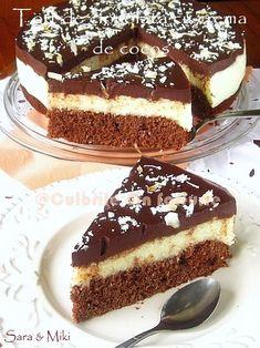 Chocolate cake with coconut cream No Cook Desserts, Easy Desserts, Delicious Desserts, Romanian Desserts, Romanian Food, Cake Cookies, Cupcake Cakes, Cookie Recipes, Dessert Recipes