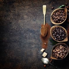 Top view of three different varieties of coffee beans on dark vintage background Dark Food Photography, Coffee Photography, Coffee Images, Coffee Pictures, Coffee World, Coffee Stock, World's Best Food, Aesthetic Coffee, Food Concept