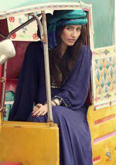 Syra Yousuf models for Kaasni, Alishba & Palwasha's Clothing Line