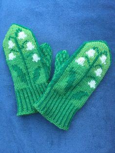 Gloves, Fashion, Moda, Fashion Styles, Fasion, Mittens