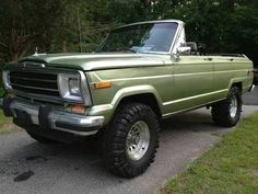 Custom convertible Wagoneer for sale in Rhode Island. Love the uber cool green.