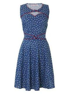 Twist n Shout Denim Floral Print Dress #Blue #Denim #FloralPrint #Minidress #50s #Vintage #sleeveless #ustrendy