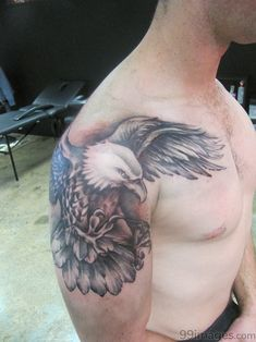 Eagle Tattoo designs with diffrent Eagle Tattoo ideas. Tattoo designs of Eagle Tattoo pictures. Make a tattoo, make your own tattoo designs, tattoo pictures Tattoo Girls, Arm Tattoos For Guys, Trendy Tattoos, New Tattoos, Girl Tattoos, Celtic Tattoos, Wolf Tattoos, Small Tattoos, Tatoos