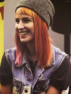 Hayley Williams.... Like the length of her hair!!