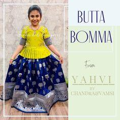 Indian Dresses For Kids, Mom And Baby Dresses, Little Girl Dresses, Long Frocks For Girls, Cotton Frocks For Kids, Girls Frock Design, Long Dress Design, Baby Frocks Designs, Kids Frocks Design