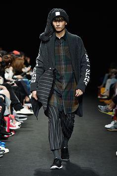 Park Hyungseop for Munsoo Kwon F/W 2015 at Seoul Fashion Week