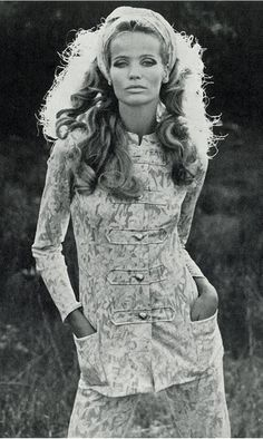 Veruschka By Franco Rubartelli UK Vogue (January, 1968)