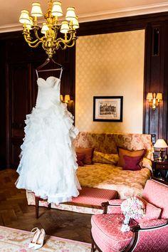 #Christina_Eduard_Photography #Brautschuhe #Braut #Hochzeit #Schuhe #Details #Wedding #Brautstrauß #Braukleid #Hochzeitskleid #Getting_Ready