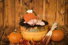 Newborn pumpkin hat