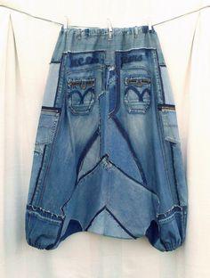 Sarouel taille XXXL en patchwork de jean recycle par DLFine