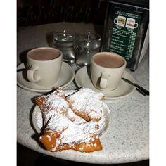 File New Orleans Beignets Cafe Du Monde.jpg ❤ liked on Polyvore