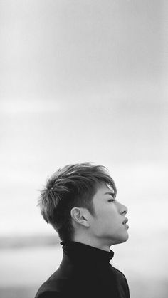 crazy black and white                         iKON~junhoe❤