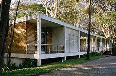 Residência Maria Luisa e Oscar Americano, 1952 (atual Fundação Oscar Americano). Oswaldo Bratke Nelson Kon - fotografias