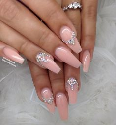 Nude gel nails with applications - LadyStyle Gold Glitter Nails, Cute Acrylic Nails, Rhinestone Nails, Bling Nails, Cute Nails, Pretty Nails, Nagel Bling, Aycrlic Nails, Dream Nails