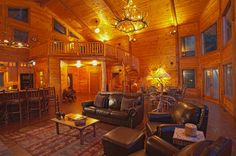 Eagles Landing Lodge - Great Room and Winding Staircase