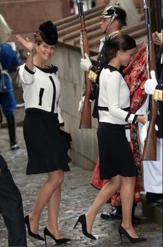 Royals & Fashion - The royal family attended the opening of the new session of Parliament in Stockholm. First, a service in the cathedral, and then the solemn ceremony in Parliament, where the king delivered his speech.