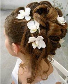 Wedding up-do, girl's hair, coiffure fille mariage, chignon