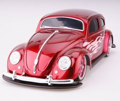 With a vintage style and working lights, this remote-controlled Maisto 1951 Volkswagen Beetle is retro and realistic. 1:10 Scale Product Features: - Tri-channel transmitter allows three people to play