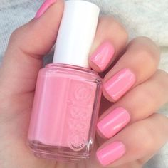 Slip on this silky pink polish and hit the dance floor with #dehlidance . Shop this #essieresort2016 shade via the link in our profile. Photo by @hjs_nails. #essielove