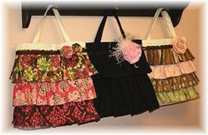 DIY Canvas Ruffle Bag. Make a super cute statement by adding ruffles to a plain bag. Step by Step instructions are easy to follow!