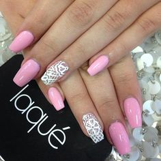 TREND REPORT | NAILS By Huda Heidi Kattan Nails, like hair, are without doubt your biggest beauty accessory! It's become a way of expressing yourself, and sometimes it can be really inspiring and a...