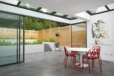 Get tips on choosing the perfect patio paving and indoor-outdoor living