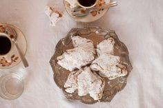 Chocolate Chunk Cookies, Raisin Cookies, Almond Cookies, Peanut Butter Cookies, Holiday Cookie Recipes, Holiday Cookies, Seed Cookies, Meringue Cookies, Easter