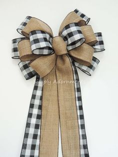 Best 12 Black White Buffalo plaid Burlap Bow Black White Cabin Check Christmas Topper Bow Black White Buffalo Plaid Bow Christmas Lodge Wreath Bow This bow is made using wide black white buffalo plaid and faux burlap wire-edged ribbon. Burlap Ribbon Wreaths, Diy Ribbon, Wired Ribbon, Diy Wreath, Ribbon Bows, Ribbons, Wreath Bows, Make A Wreath Bow, Making Bows For Wreaths