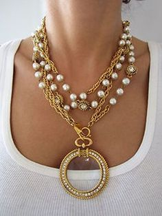 Vintage chanel paris best pearl diamante multi chain jeweled medallion necklace I want this piece! Chanel Necklace, Chanel Jewelry, Jewelry Box, Vintage Jewelry, Jewelry Accessories, Fashion Accessories, Fine Jewelry, Jewelry Necklaces, Jewelry Design