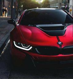 BMW i8 red