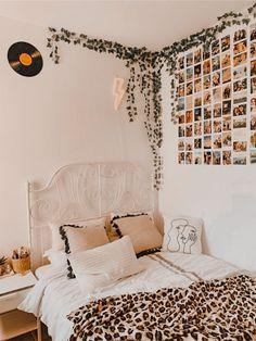 Cute Bedroom Ideas, Cute Room Decor, Room Ideas Bedroom, Home Decor Bedroom, Bedroom Inspo, Teen Room Decor, Boho Dorm Room, Room Decor Boho, Decor Rustic