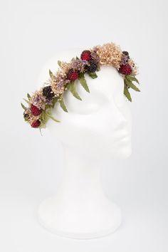 Manual de uso de las coronas de flores en el pelo: Suma Cruz