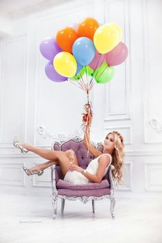 Blissful Photoshoot Ideas Whether you want to be extra or simple, it doesn… – girl photoshoot ideas Birthday Girl Pictures, Birthday Ideas For Her, Birthday Photoshoot Ideas, Men Photoshoot, 35th Birthday, Girl Birthday, Thirty Birthday, 30th Birthday Parties, Cake Birthday