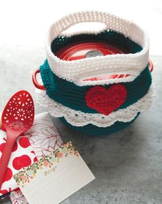♥ⓛⓞⓥⓔ♥ this Potluck Carrier ...#crochet #hearts #valentines #love
