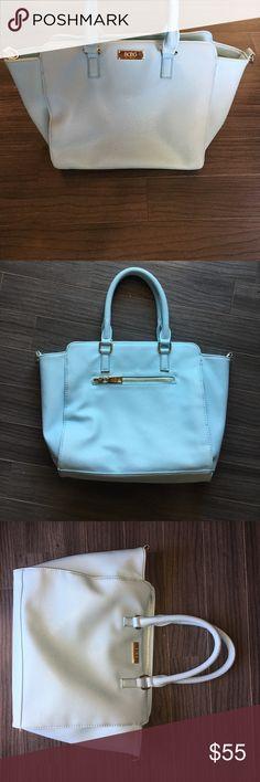 BCBG Paris: Tiffany Blue Medium Bag BCBG Paris: Tiffany Blue Medium Bag. Some wear, see photo of inside BCBG Bags Totes