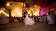 Hochzeit, Feste & Feiern in den #biohotels sind unvergessliche Höhepunkte im Jahres- und im Lebenslauf – Grund genug, die Planung und Durchführung Ihrer Geburtstage, Jubiläen, Familienfeste und Firmenfeiern in kompetente Hände zu legen. Die Vielfalt der BIO HOTELS bietet für Hochzeiten und Feiern jeder Art das richtige Ambiente: ob in der urigen Stube auf dem Berg, dem eleganten Saal im Schloss am See, im klassischem Speisezimmer mitten in der Stadt oder mit Blick aufs Meer.