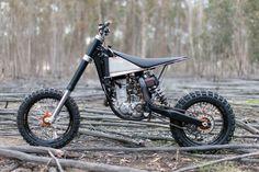 A most unorthodox KTM 250 SX-F by Nigel Petrie of Engineered to Slide.