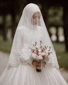 Custom 2017 Arabic Muslim Champagne Lace Long Sleeve Wedding Dresses With Hijab Islamic Bridal Wedding Gowns Robe De Mariage - Fashion Hijabi Wedding, Muslim Wedding Gown, Malay Wedding Dress, Muslimah Wedding Dress, Muslim Wedding Dresses, Wedding Dress With Veil, Muslim Brides, Bridal Dresses, Muslim Couples
