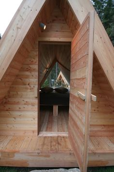 Try glamorous camping in Gozdne vile, small wooden huts offering accommodation in the heart of nature. Outdoor hot tub. Glamping is possible all year round.