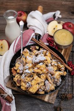 kaiserschmarrn rezept, kaiserschmarrn rezept fluffig, kaiserschmarrn rezept pfanne, kaiserschmarrn rezept einfach, kaiserschmarrn rezept ofen, kaiserschmarrn rezept pfanne einfach, österreischische süßspeisen, österreichische rezepte, österreichische rezepte süß, österreichische spezialitäten, österreichische küche, austrian recipes, austrian recipes sweet, austrian food, austrian dessert, nachspeisen rezepte, kaiserschmarrn recipe, kaiserschmarrn recipe austria Snacks, Dairy, Dessert, Cheese, Food, Food Dinners, Thermomix, Appetizers, Deserts